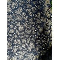 Gipiūras siuvinėtas juodas gėlės