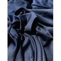 Satinas - dirbtinis šilkas šlapiu efektu tamsiai mėlynas